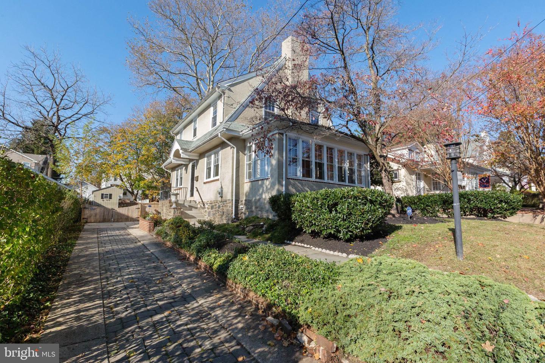 1010 Larchmont Avenue Havertown, PA 19083