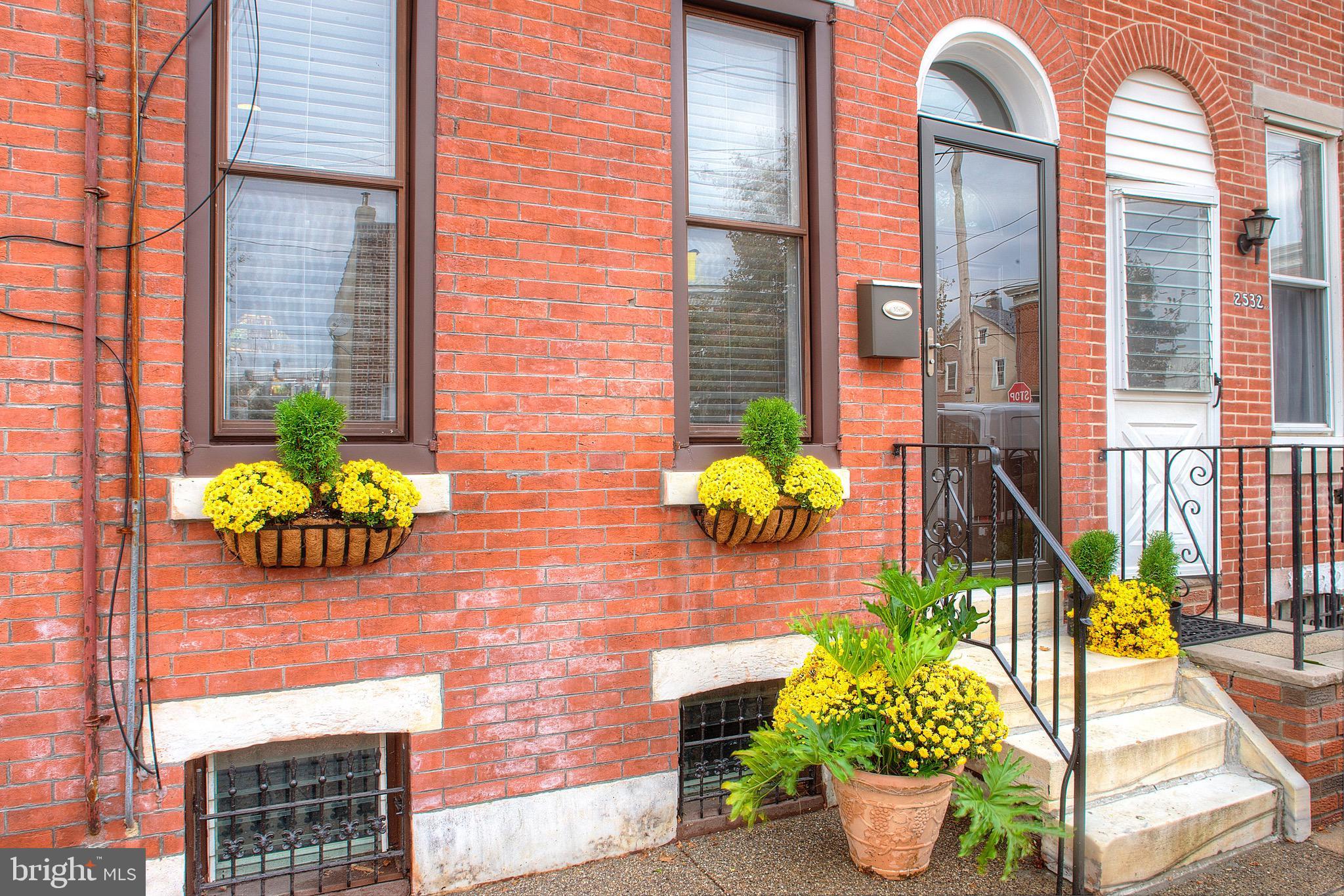 2534 E NORRIS St, Philadelphia, PA, 19125