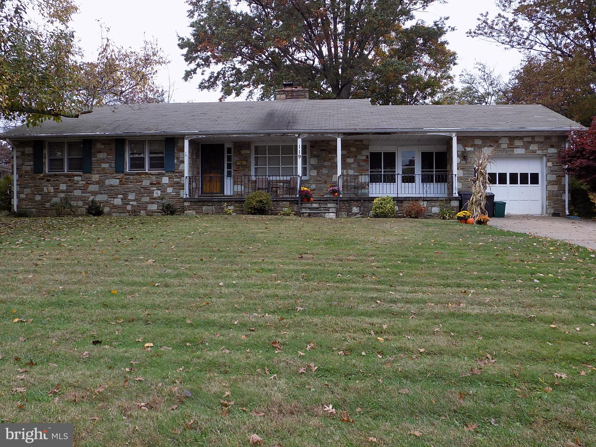 119 CANTERBURY ROAD, FAIRLESS HILLS, PA 19030