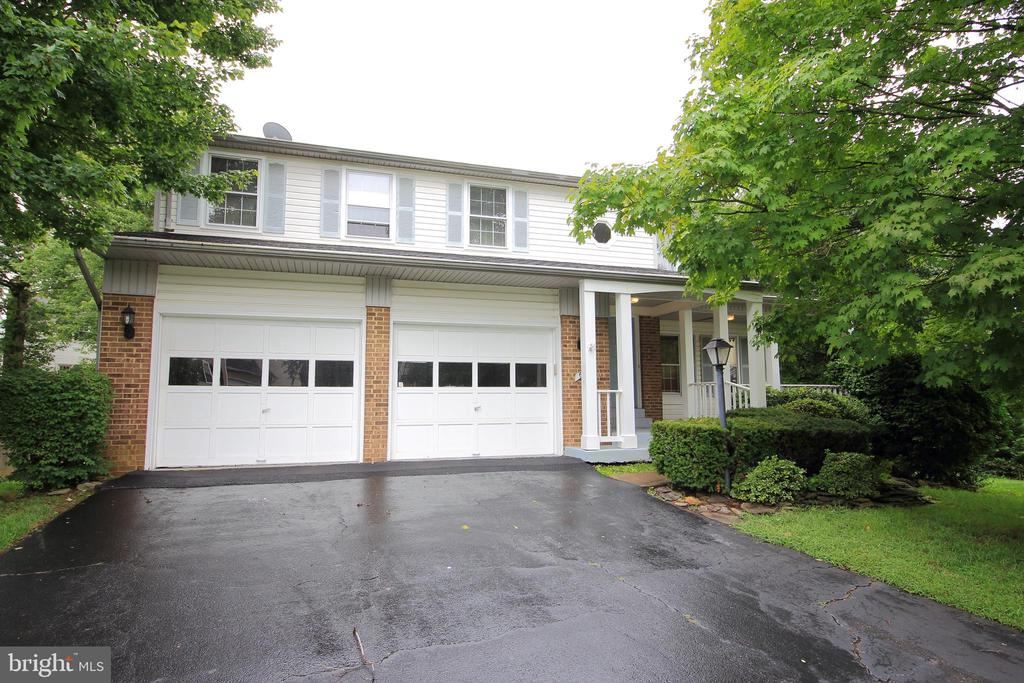 6017 Union Springs Ct, Clifton, VA 20124