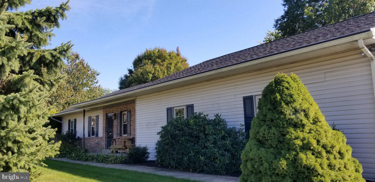 3640 CLEAR STREAM DRIVE, MOUNTVILLE, PA 17554