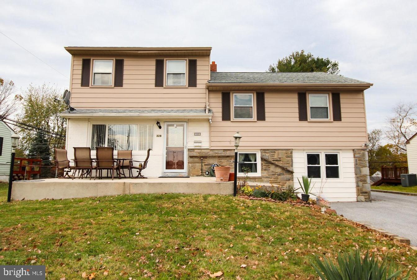 328 HASTINGS BOULEVARD, BROOMALL, PA 19008