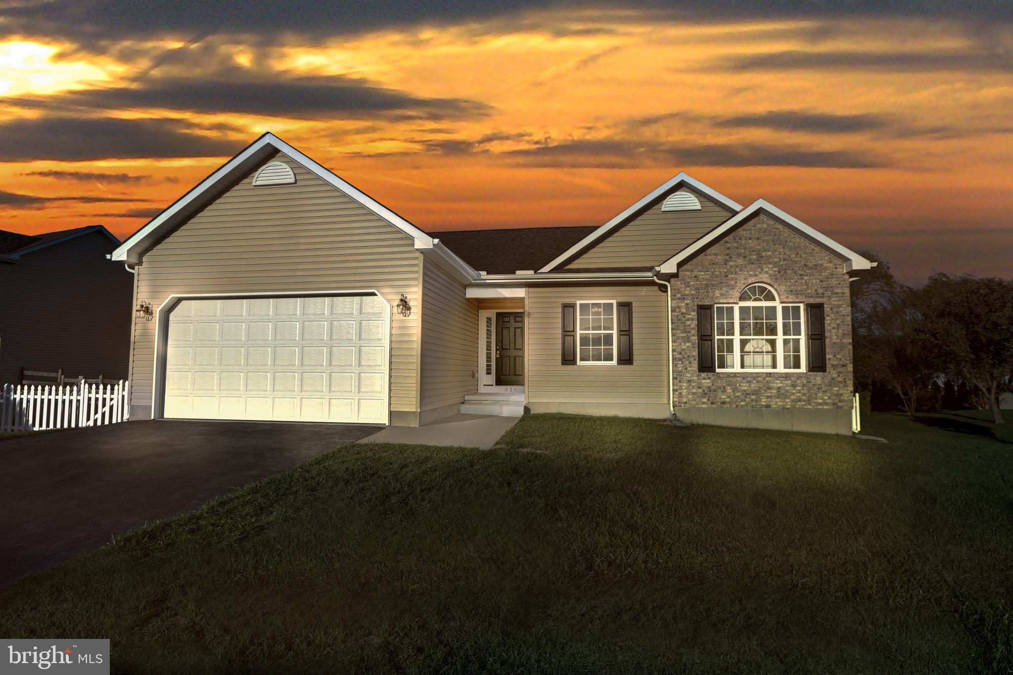 Looking for a brand new single family home in the Appoquinimink School district for under 300? How about one that's a newly constructed ranch-style home with brand new EVERYTHING, move-in ready, and minutes from downtown shopping and restaurants? This is the once-in-a-blue-moon listing that meets all the criteria! Starting from the outside you'll appreciate a nice size lot with a fenced yard- suitable for kids or dogs. Once you're inside we're certain you'll love the open floor plan, freshly painted neutral walls, and brand new low maintenance vinyl-plank flooring. The family room is located right off the gorgeous kitchen and breakfast room- which has a sliding glass door providing access to the backyard. The wall in the kitchen was completely removed to allow for a very open concept floor plan.  Head down the hall and you'll find 3 spacious bedrooms with brand new carpeting, 2 full bathrooms, and the laundry. The master suite has it's own private en suite bathroom with a large frameless shower, plus a large walk-in closet! The kitchen has brand new granite countertops, brand new white cabinetry, brand new stainless steel appliances and is open-concept to the family room! And finally- the full basement offers plenty of space for storage, recreation & any additions you'd like! Come check out this beautiful new home today before its grabbed up!