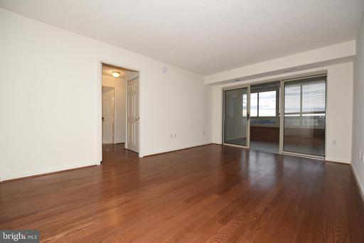 2151 Jamieson Ave #2011