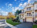 15650 Montview Dr
