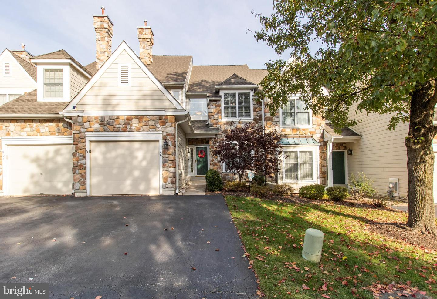 28 Overlook Circle Berwyn, PA 19312