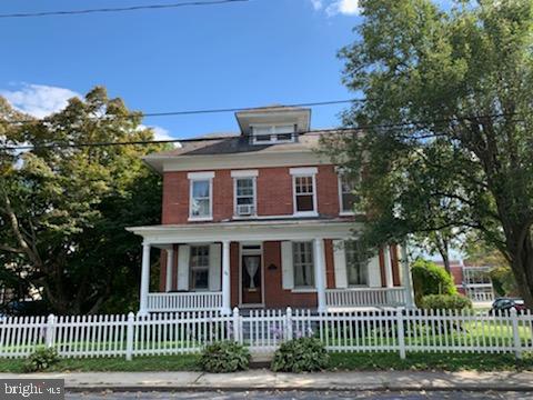 44 W COTTAGE AVENUE, MILLERSVILLE, PA 17551