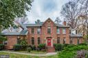 730 Forest Park Rd