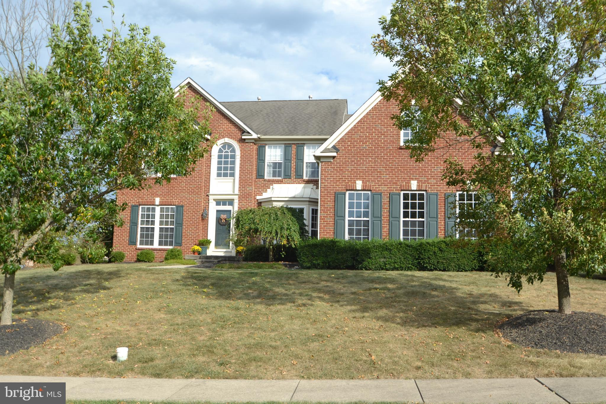920 CLUBHOUSE DRIVE, HARLEYSVILLE, PA 19438