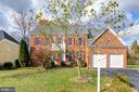 4759 Charter Ct