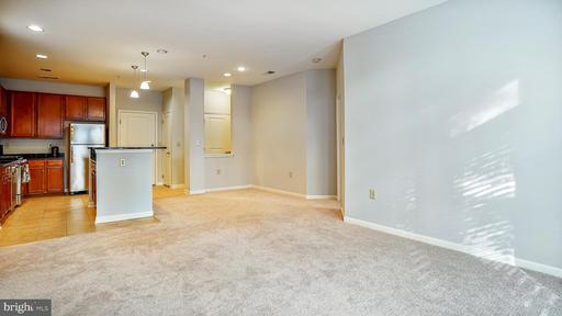 2665 Prosperity Ave #113, Fairfax, VA 22031