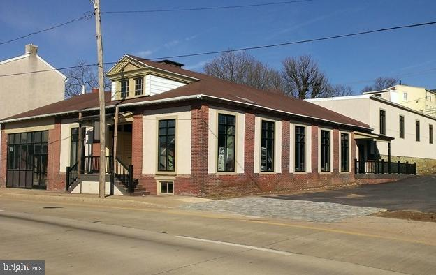 239 E MARKET STREET, WEST CHESTER, PA 19382