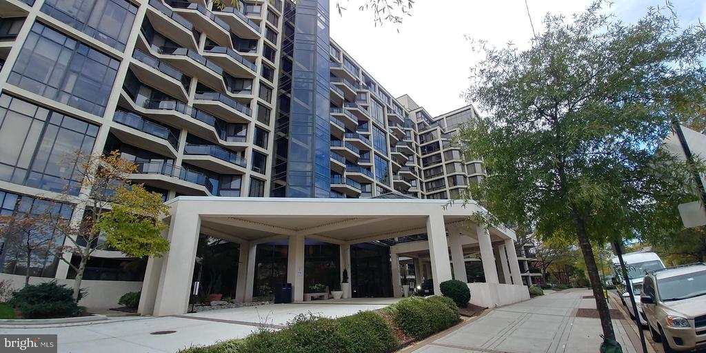 1530 Key Blvd #409, Arlington, VA 22209