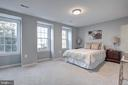 5460 New London Park Dr