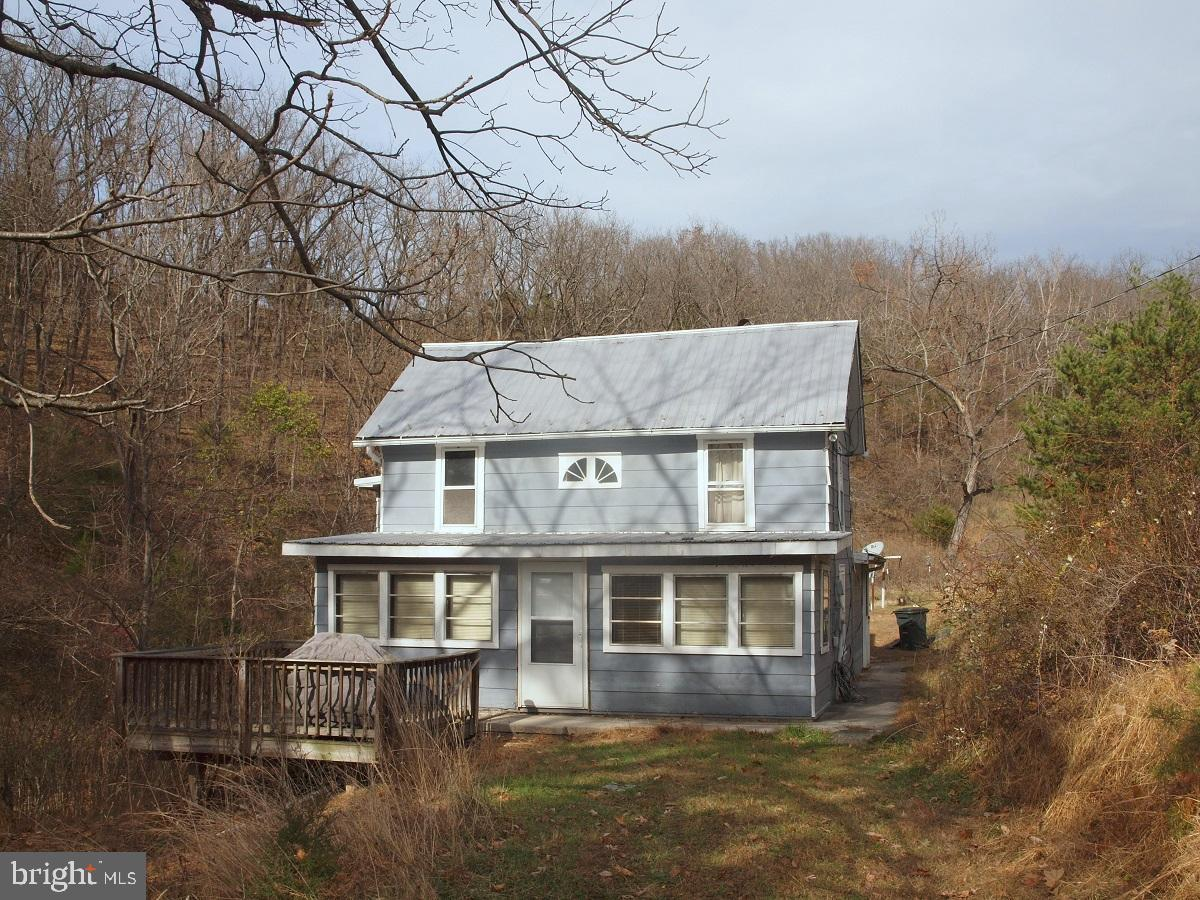 405 MALLOW MEADOWS LANE, UPPER TRACT, WV 26866