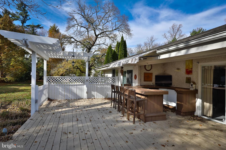 1 Tracy Terrace Bryn Mawr , PA 19010