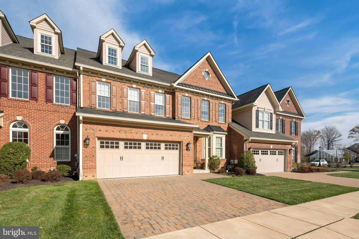 14 RITTENHOUSE CIR, NEWTOWN, PA
