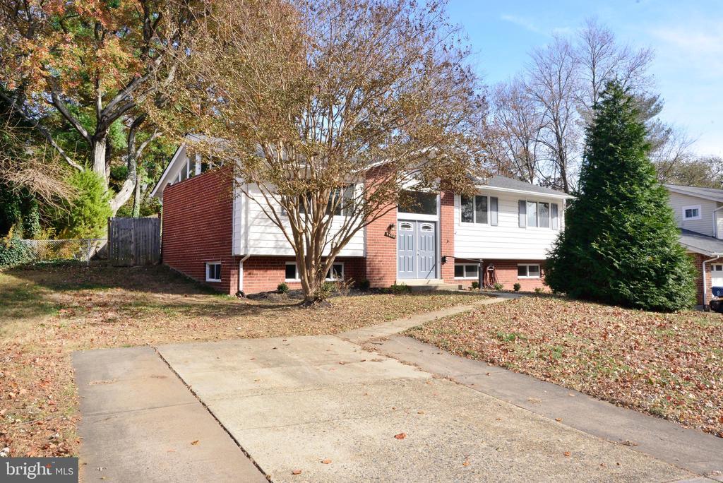 9606  COMMONWEALTH BOULEVARD, Fairfax, Virginia