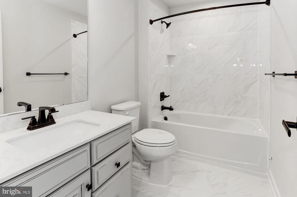 6936 CARDOZO STREET, NEW MARKET, Maryland 21774, 3 Bedrooms Bedrooms, ,2 BathroomsBathrooms,Residential,For Sale,CARDOZO,MDFR260550