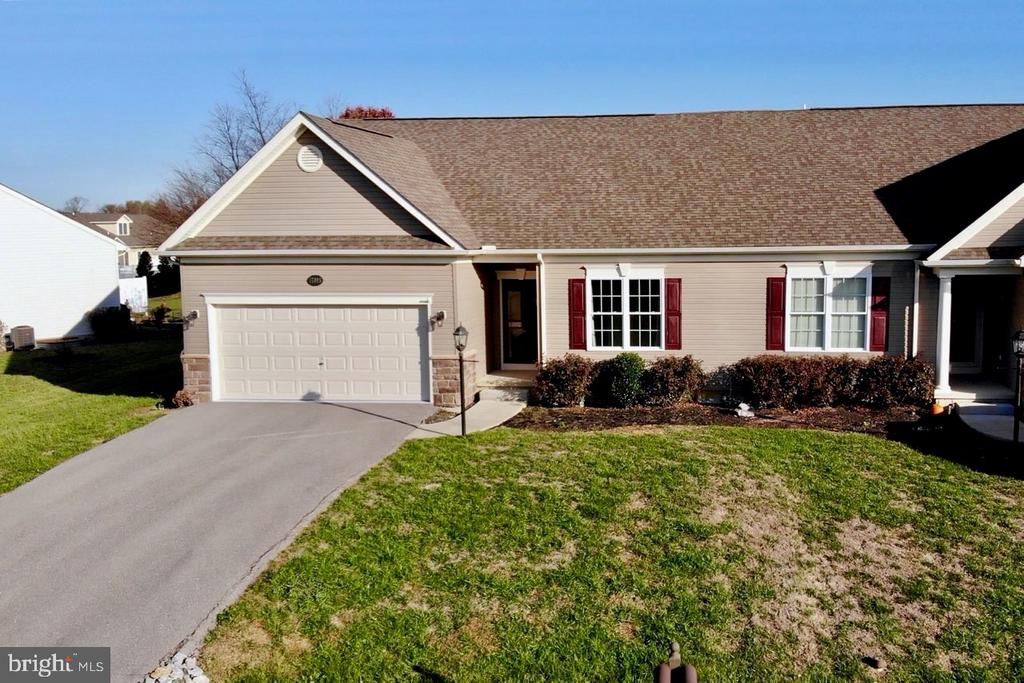 17995 CONSTITUTION CIRCLE, HAGERSTOWN, MD 21740