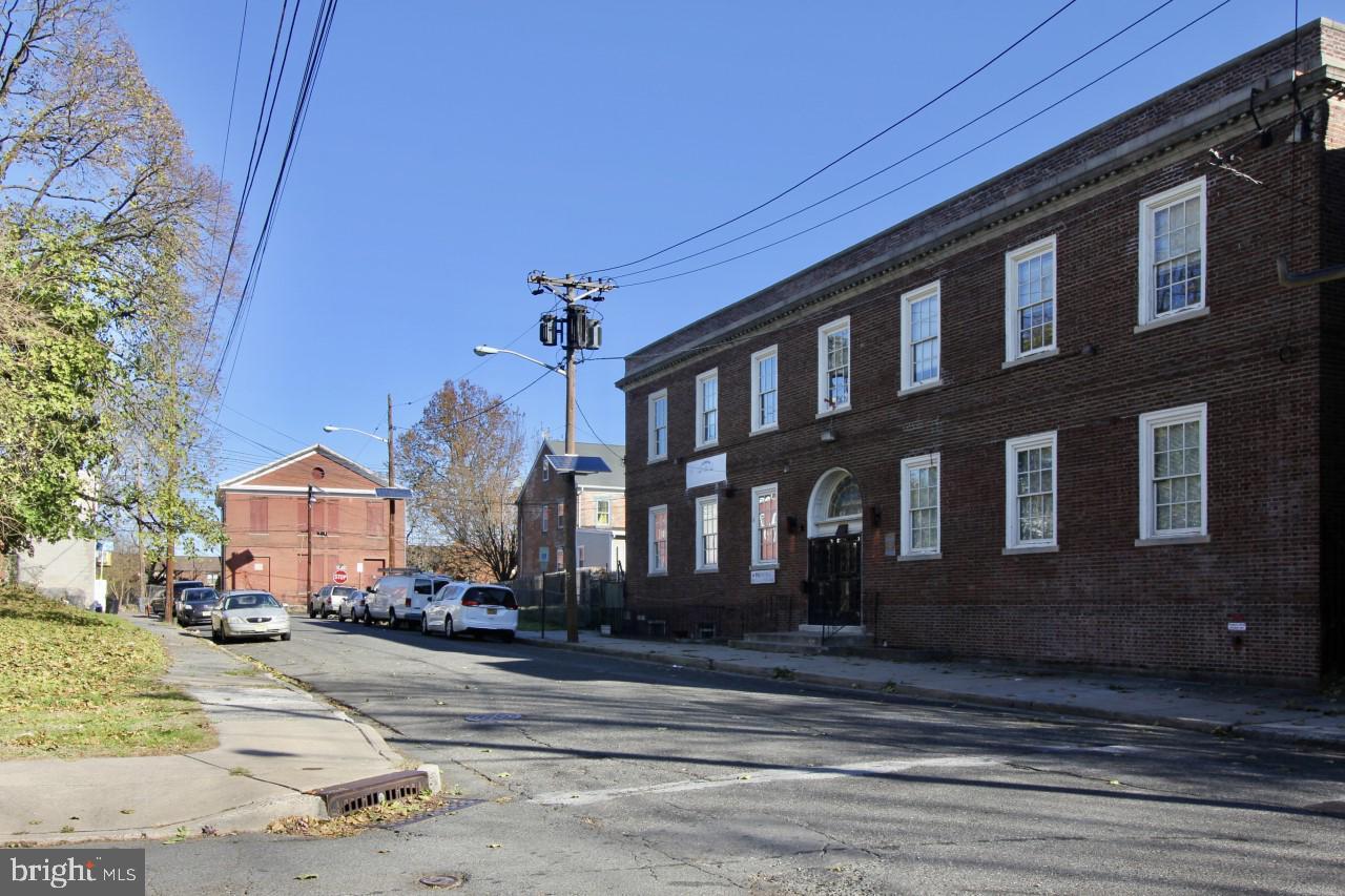 38 FOWLER STREET, TRENTON, NJ 08618