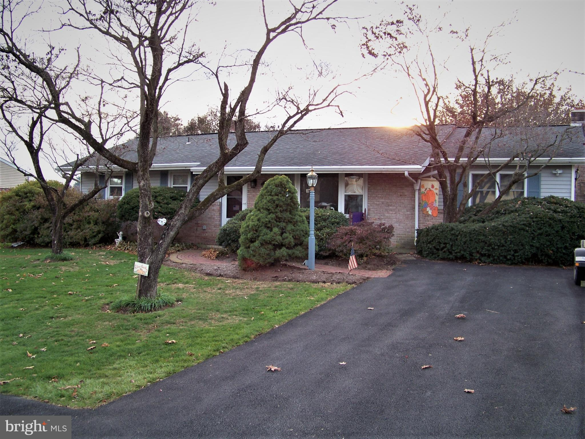 320 PLEASANT VIEW DRIVE, WILLOW STREET, PA 17584