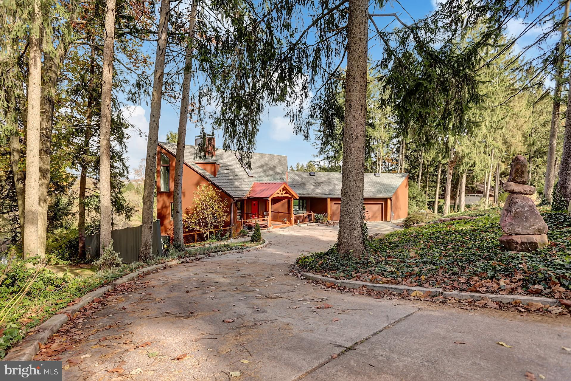 108 CLUBHOUSE DRIVE, BERNVILLE, PA 19506