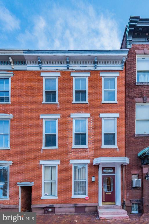 217 State Street, Harrisburg, PA 17101