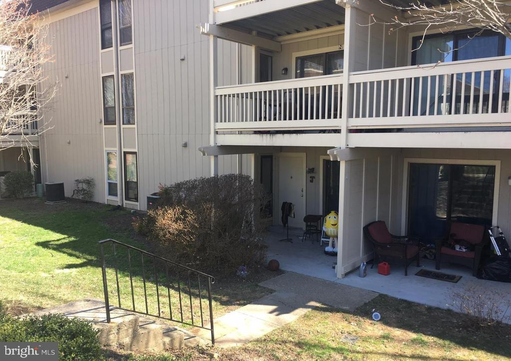 5766-J Rexford Ct, Springfield, VA 22152