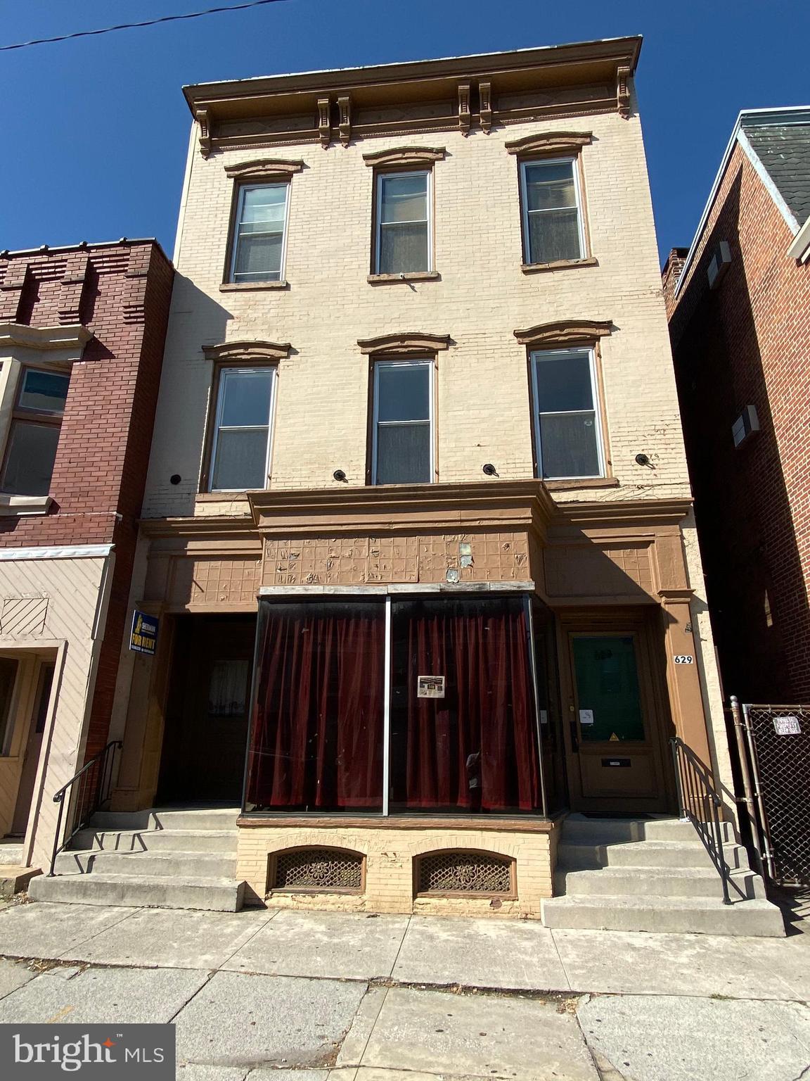 629-631 W MARKET STREET, YORK, PA 17401