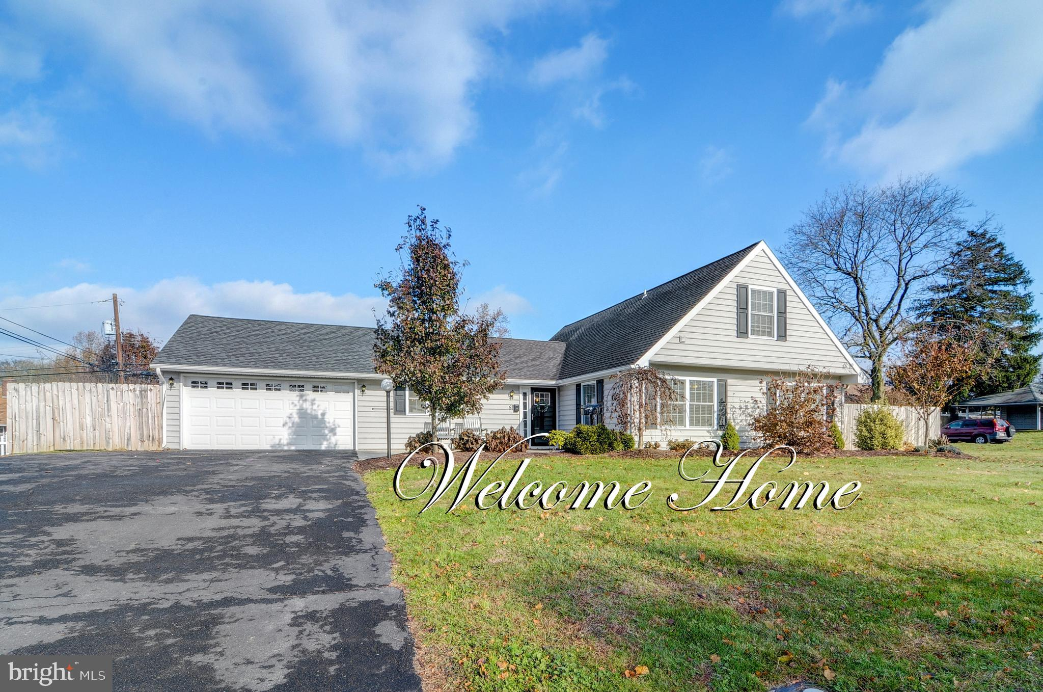 61 ROSE APPLE ROAD, LEVITTOWN, PA 19056