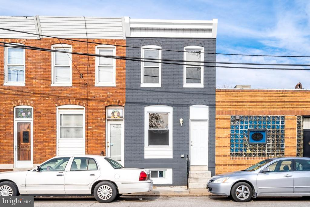 Beautiful New renovation in Highlandtown! This 3 bedroom 2 bath townhome boasts hardwood floors throughout.  Gorgeous kitchen with granite counter tops and stainless steel appliances.  Additional room in the basement could be used as a fourth bedroom or second living room.  Quaint, private backyard  space.  Located steps away from Monument Brewing Company, Urban Axes, Local Grocery stores, Hopkins Bayview Hospital Campus and the new development, Yard 56.  Could be a great investment opportunity with a monthly rental rate at $1,500 per month and a cap rate of 11.9% (cap rate was calculated using the list price, a 5.45% expense rate and gross annual income of $18,000).  Don't miss this amazing opportunity to own in a growing community!