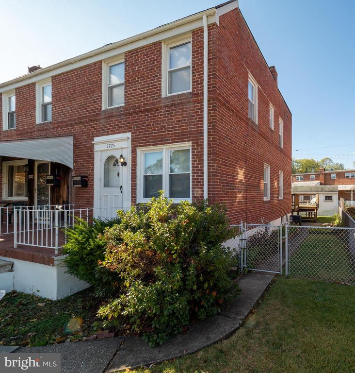 3725 EVERGREEN AVENUE, BALTIMORE, Maryland 21206, 3 Bedrooms Bedrooms, ,1 BathroomBathrooms,Residential,For Sale,EVERGREEN,MDBA492610
