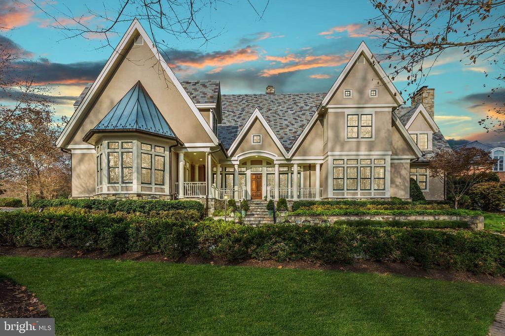 8601 York Manor Way, Potomac, MD 20854