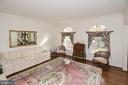 5922 Fairview Woods Dr