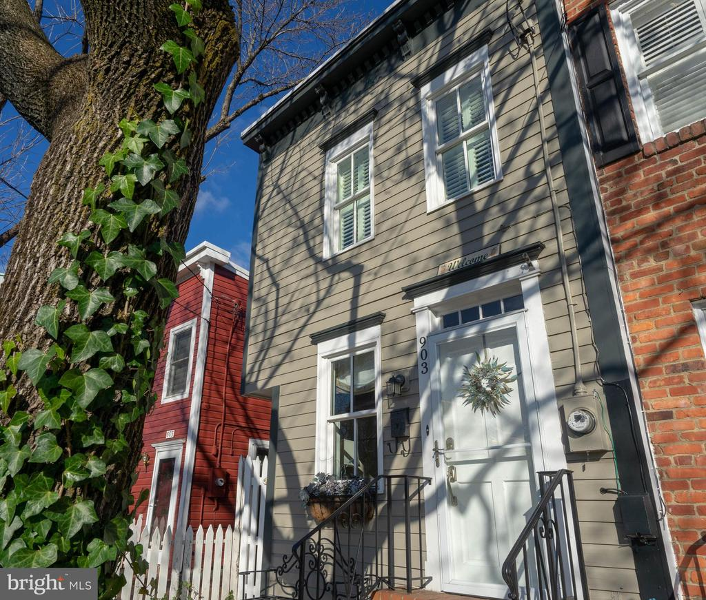 Exceptional opportunity to not only own an iconic Old Town semi-detached townhome but also to acquire a TURN-KEY, beautifully updated property for an Airbnb or other rental.  Could also make an ideal residence.  This home is perfectly located -- a few blocks from King St, a short walk to the metro, and an easy commute to Amazon HQ2 -- to appeal to tourists and business travelers.  Offer price includes all furnishings, 5-star ratings (over 85 reviews), Airbnb Superhost status, and existing bookings (about 90% occupancy in 2019).  Financials available upon request.  Seller will provide assistance to new owners with transition.  Investing in this hot area of Old Town -- with instant income generation and great appreciation potential -- does not get much easier than this!  Check out the Airbnb listing: https://airbnb.com/h/princessstreetinn