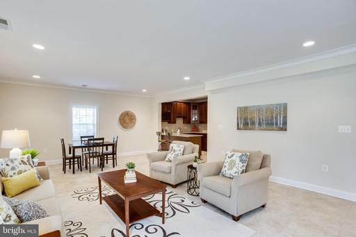 6008 Colchester Rd, Fairfax 22030
