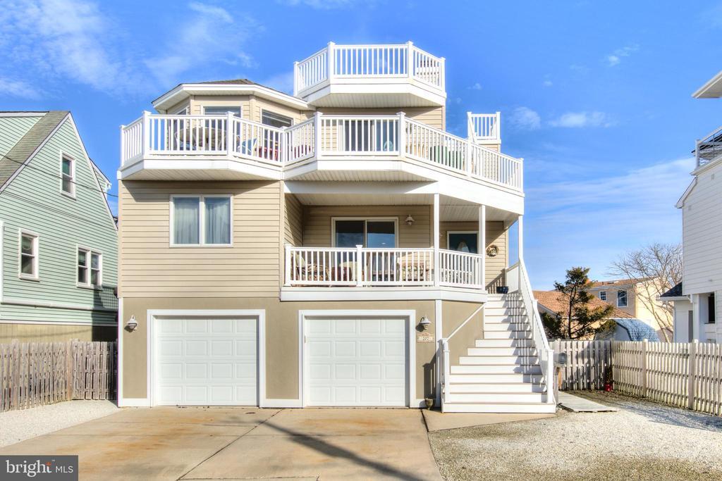 207 S WEST AVENUE, Long Beach Island in OCEAN County, NJ 08008 Home for Sale