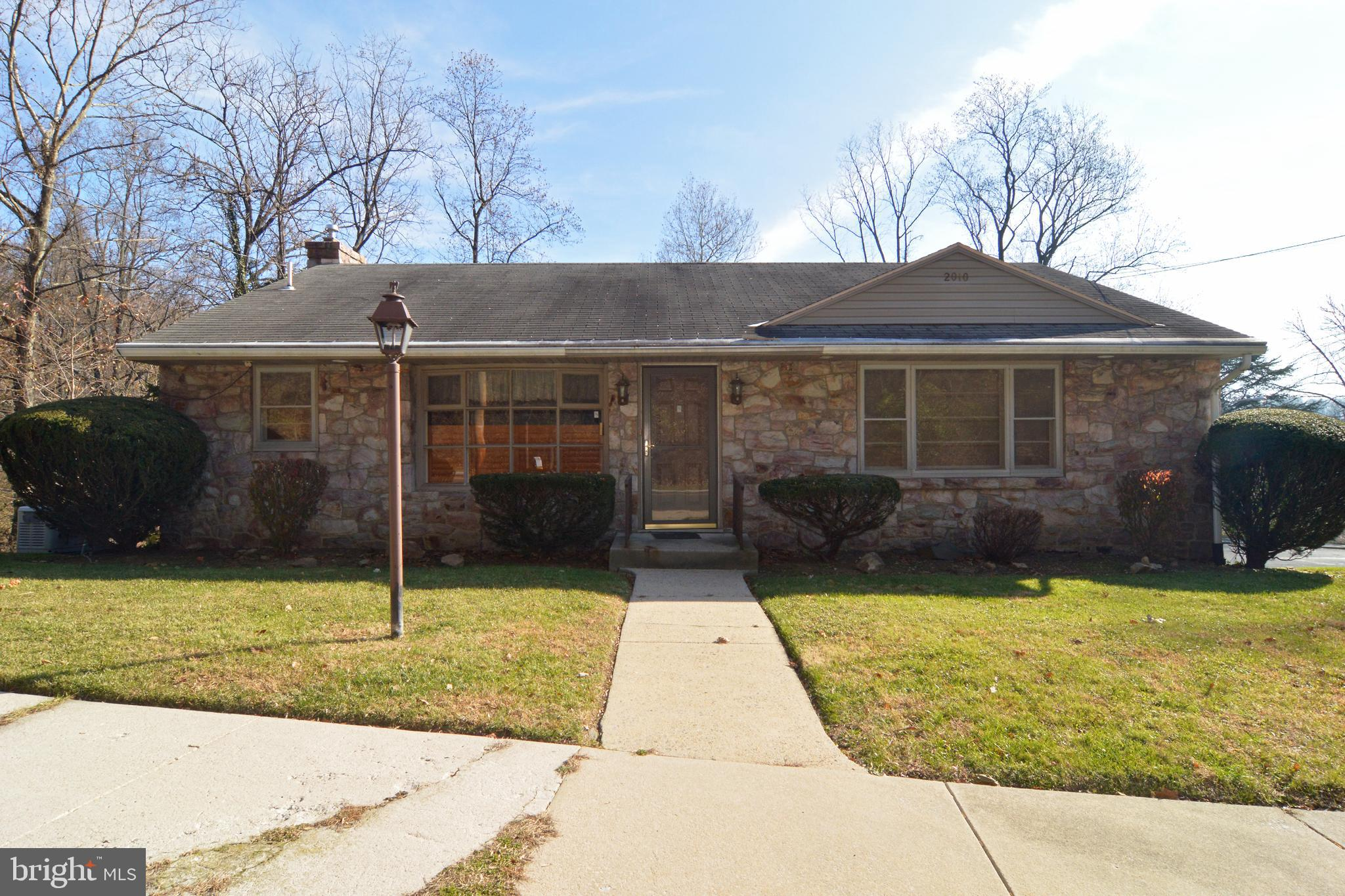 2010 HILL ROAD, READING, PA 19602