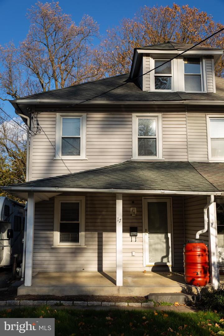 17 Summit Avenue Paoli, PA 19301