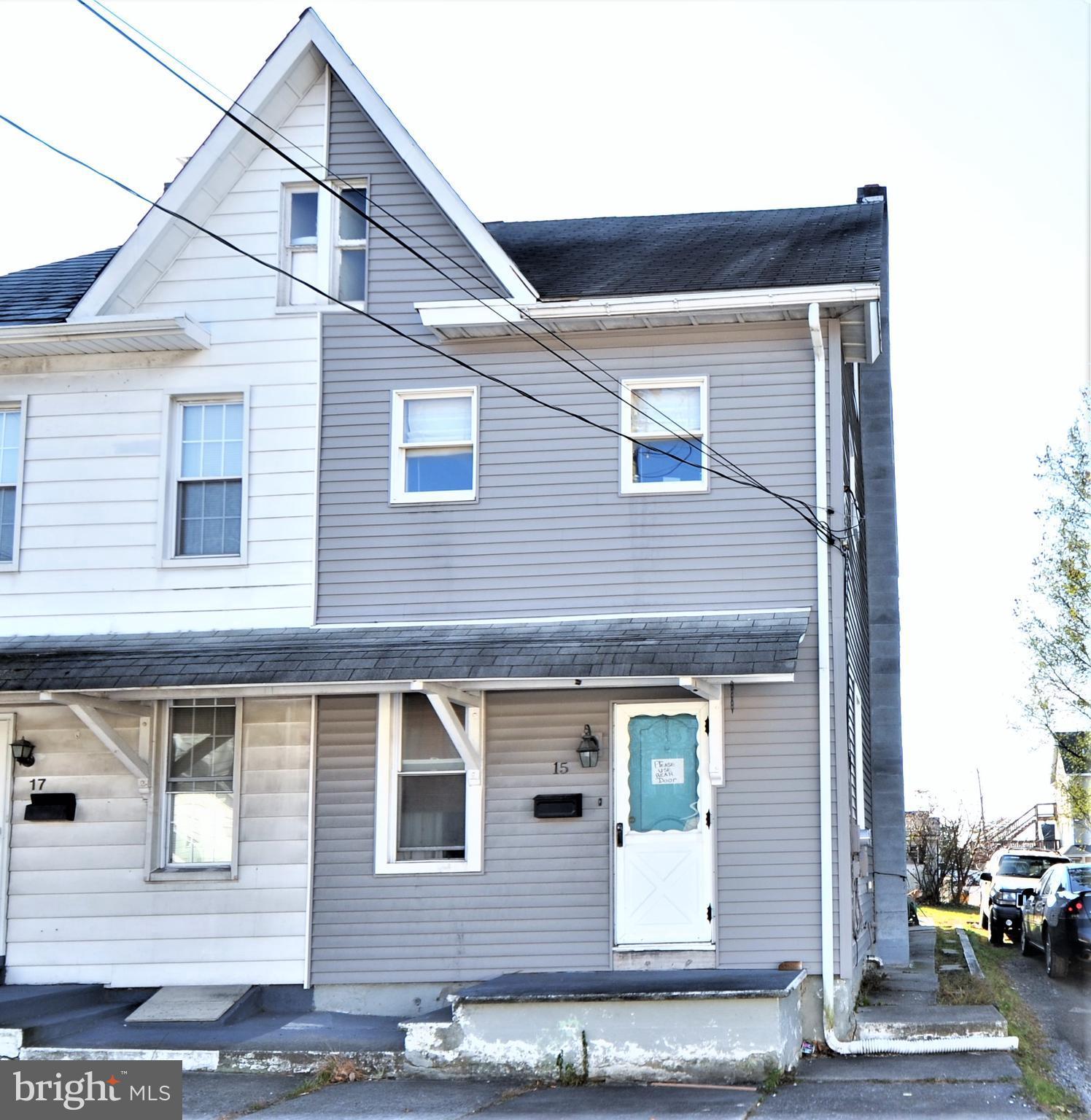 15 E 3RD STREET, WIND GAP, PA 18091