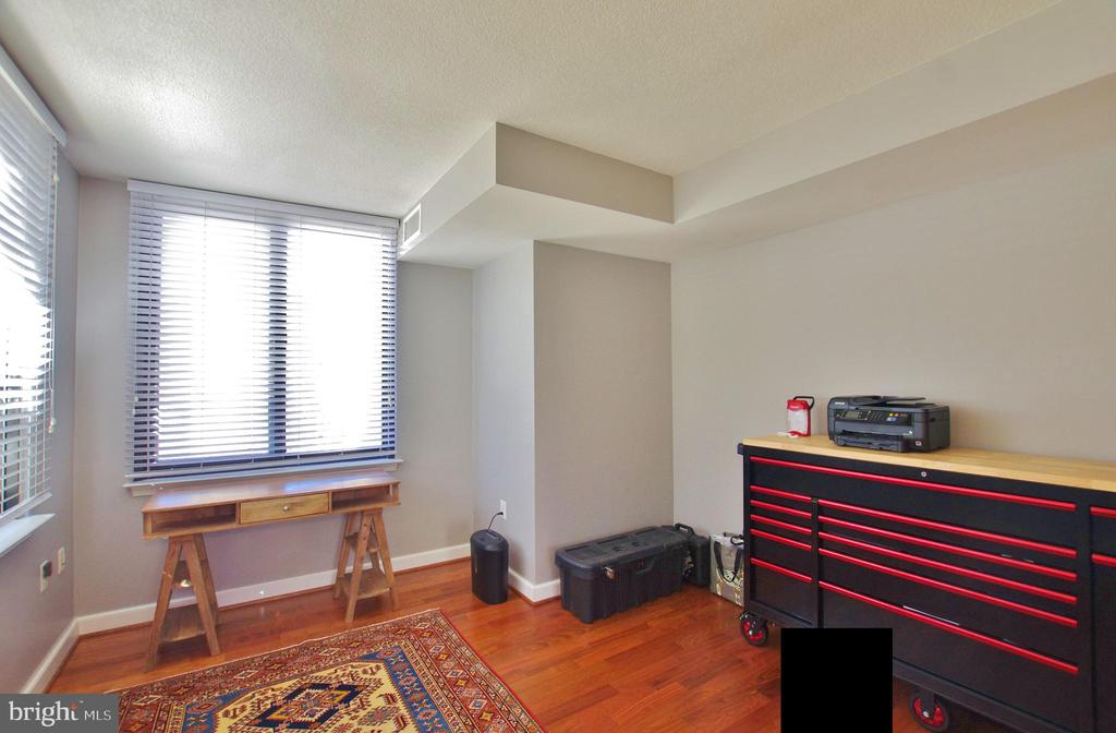 Photo of 2451 Midtown Ave #219