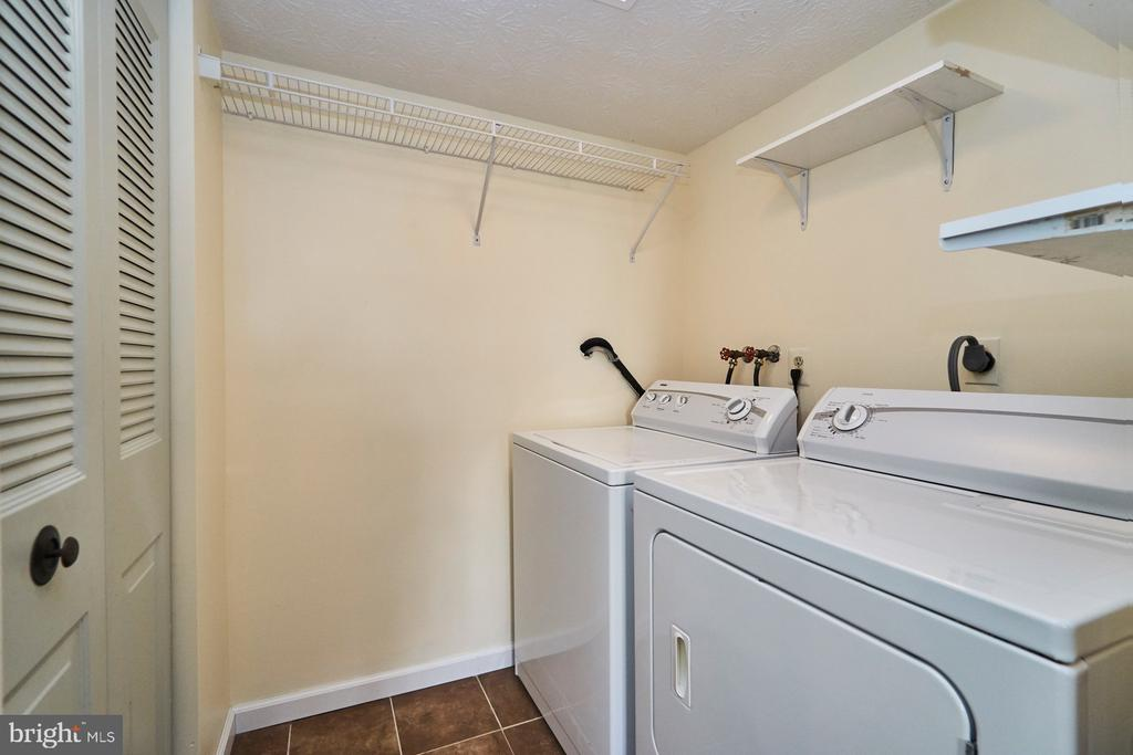 Photo of 5565 Hecate Ct