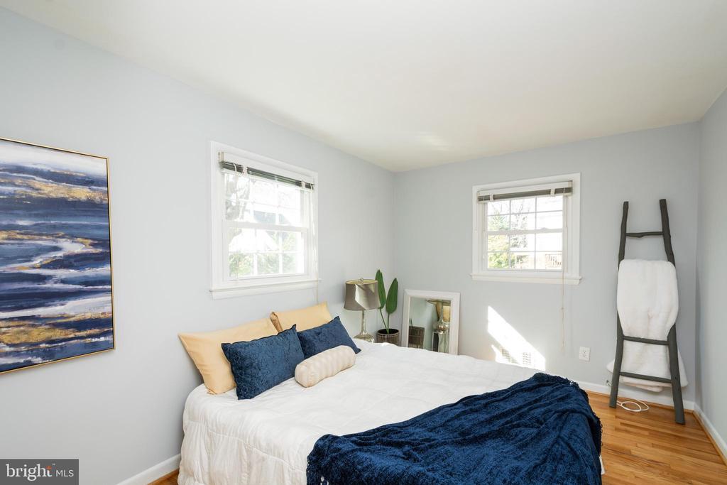 1912 EDISON STREET, ARLINGTON, ARLINGTON Virginia 22207, 5 Bedrooms Bedrooms, 10 Rooms Rooms,3 BathroomsBathrooms,Residential,For Sale,EDISON,VAAR157074