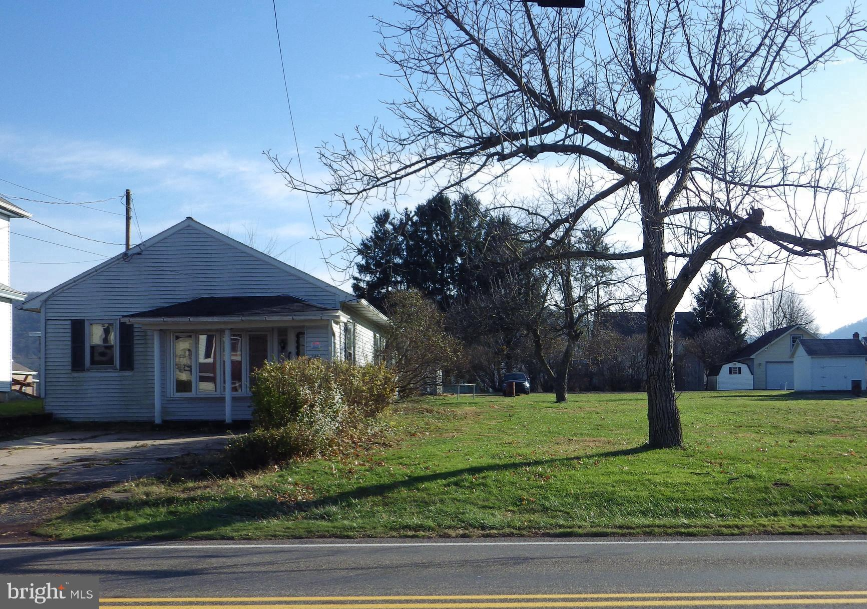 1461 W MAIN STREET, VALLEY VIEW, PA 17983