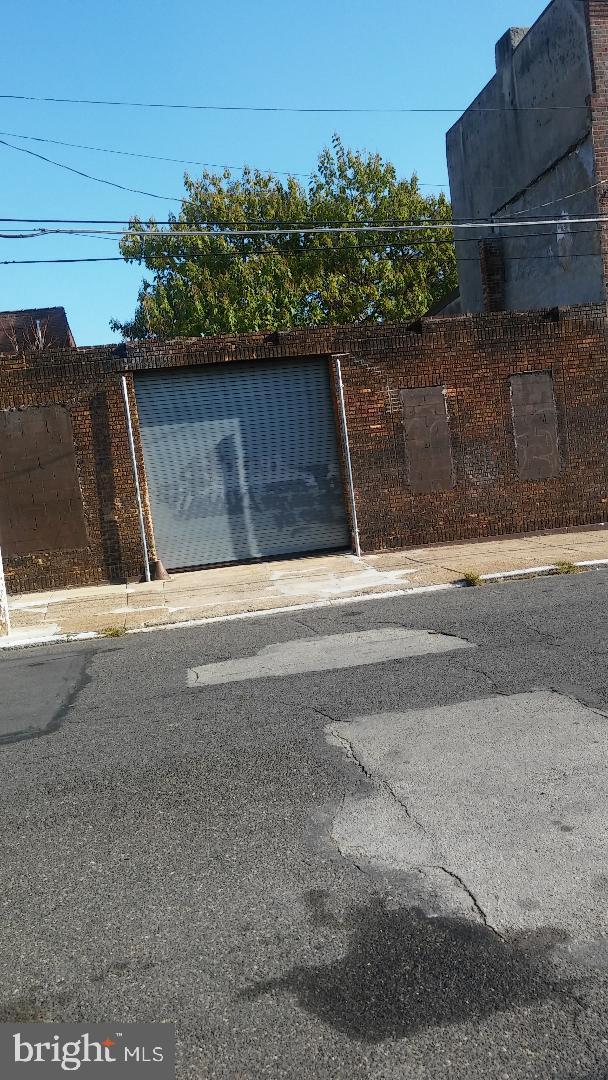 2453 N PARK AVENUE, PHILADELPHIA, PA 19132