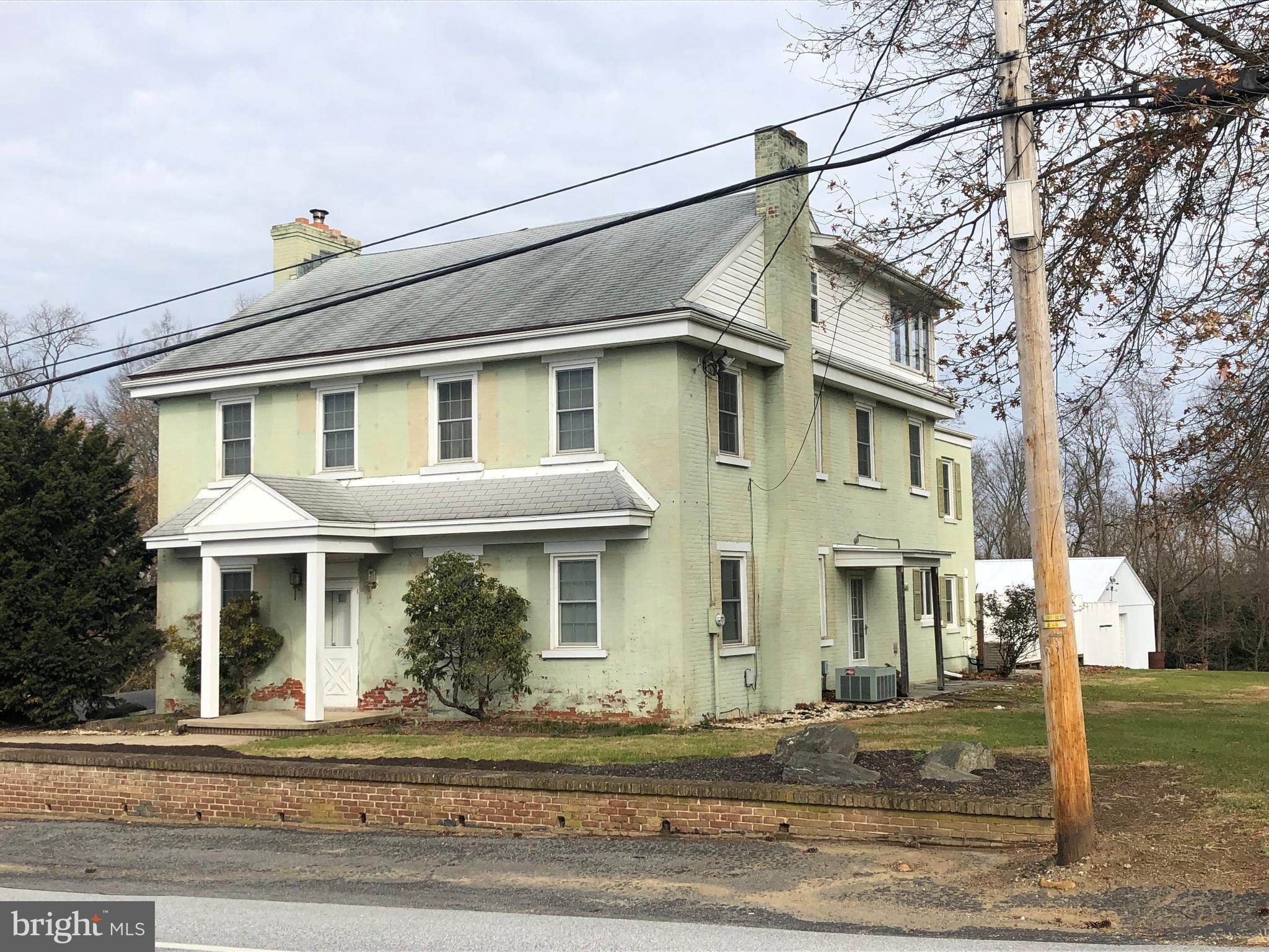 857 STEHMAN ROAD, MILLERSVILLE, PA 17551