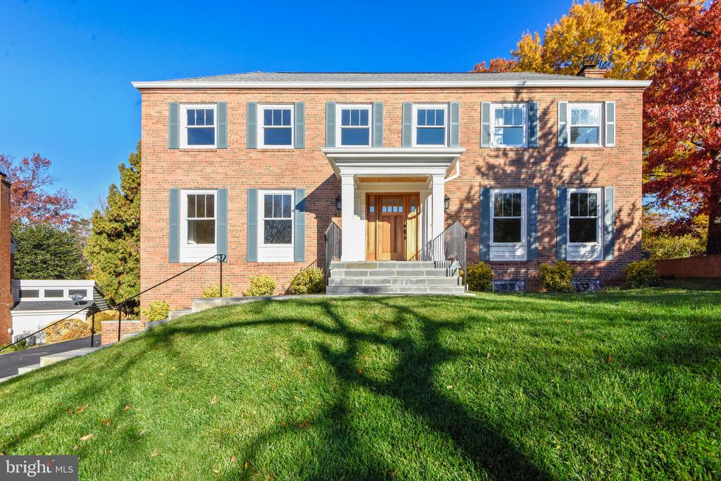 4217  PEACHTREE PLACE, Alexandria, Virginia
