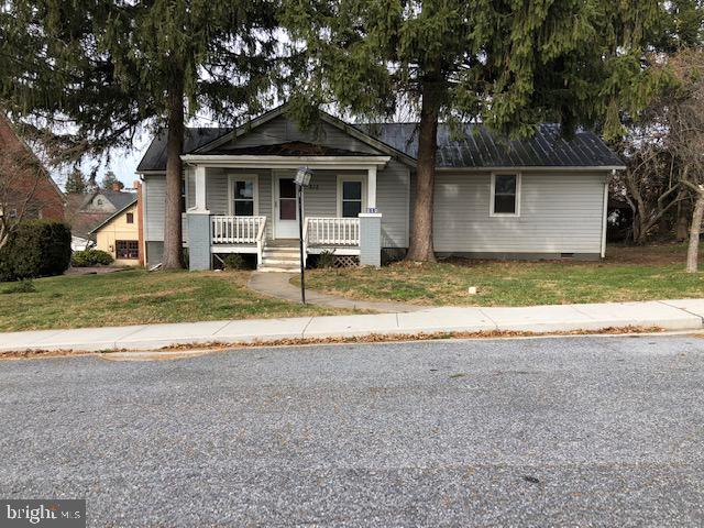 212 MAPLE AVENUE, NEW WINDSOR, CARROLL Maryland 21776, 3 Bedrooms Bedrooms, ,2 BathroomsBathrooms,Residential,For Sale,MAPLE,MDCR193394