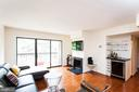 803 N Howard St #456